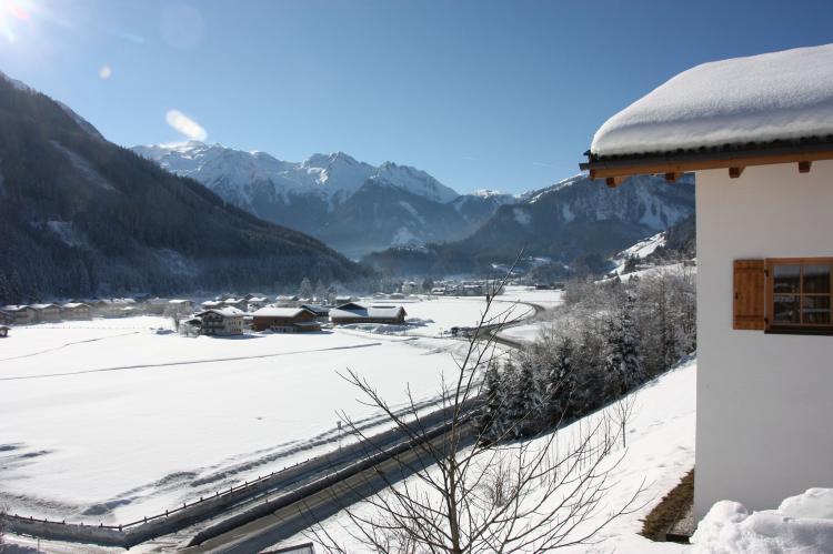Holiday homeAustria - Salzburg: Chalets im Wald  [4]