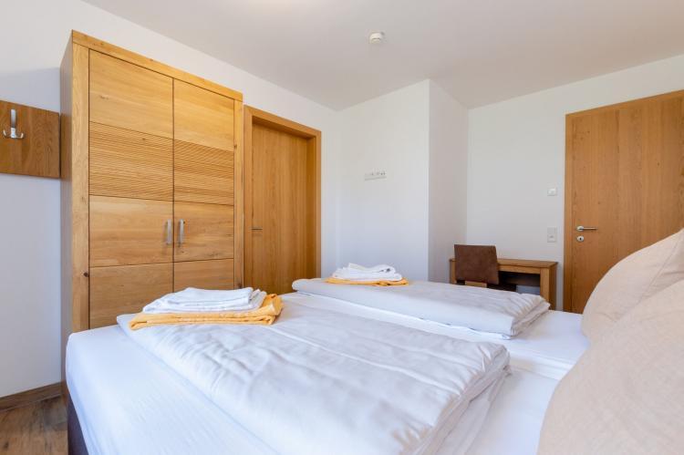 FerienhausÖsterreich - Salzburgerland: Luxury Tauern Apartment Piesendorf Kaprun 4  [16]
