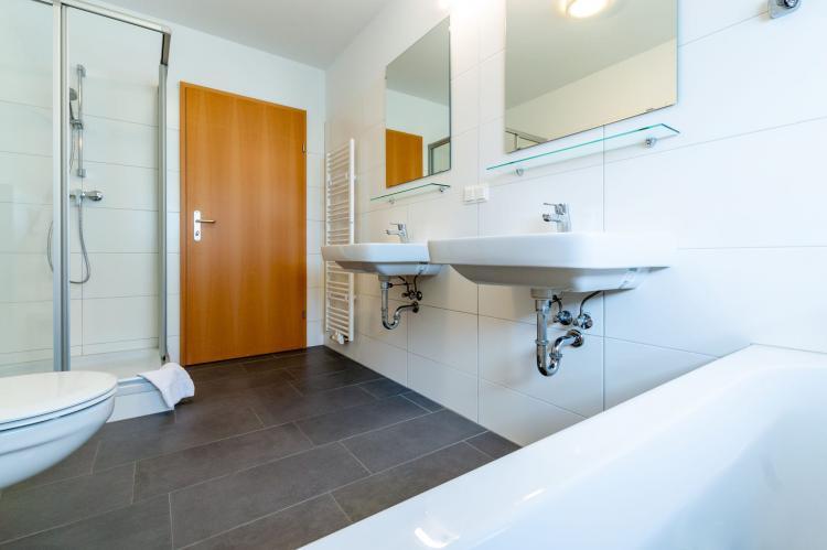 Holiday homeAustria - Upper Austria: Luxery Salzkammergut Chalet H  [25]