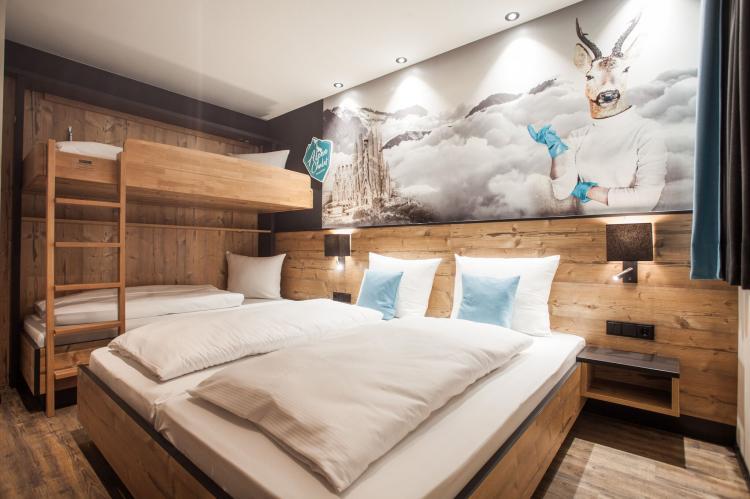 Holiday homeAustria - Vorarlberg: Luxurious Montafon Chalet 2  [15]