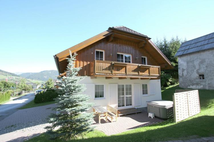 FerienhausÖsterreich - Salzburgerland: Chalet an der Piste  [1]