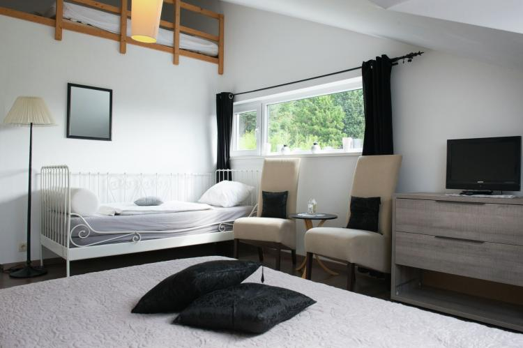 Holiday homeBelgium - Luik: La Villa Coocoon  [20]