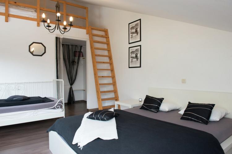 Holiday homeBelgium - Luik: La Villa Coocoon  [17]
