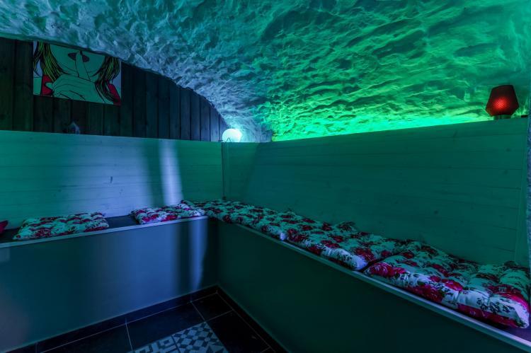 Holiday homeBelgium - Luik: Le petit château de Harze  [3]