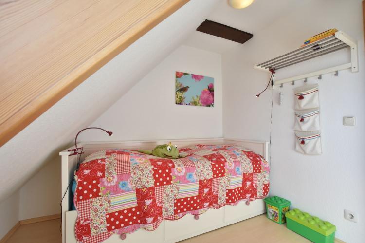 Holiday homeGermany - Mecklenburg-Pomerania: Ferienwohnung Möwe - viele Kinder-Extras strandnah  [11]
