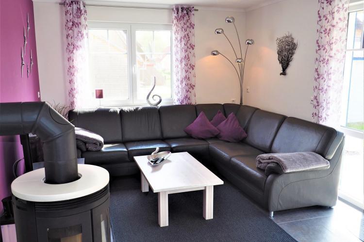 FerienhausDeutschland - Mecklenburg-Vorpommern: Ein Küstentraum für Familien - 4 Schlafzimmer Kami  [2]