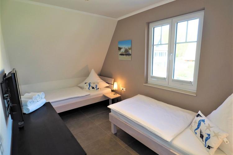 FerienhausDeutschland - Mecklenburg-Vorpommern: Ein Küstentraum für Familien - 4 Schlafzimmer Kami  [11]