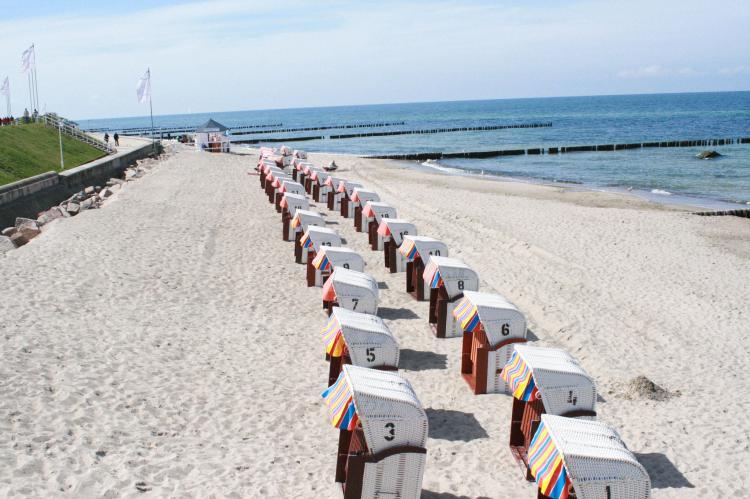 Holiday homeGermany - Mecklenburg-Pomerania: Ferienwohnung Eva mit Meerblick - strandnah  [9]