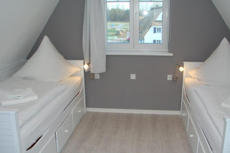 Holiday homeGermany - Mecklenburg-Pomerania: Traumidyll mit 5 Schlafzimmern - sehr komfortabel  [11]