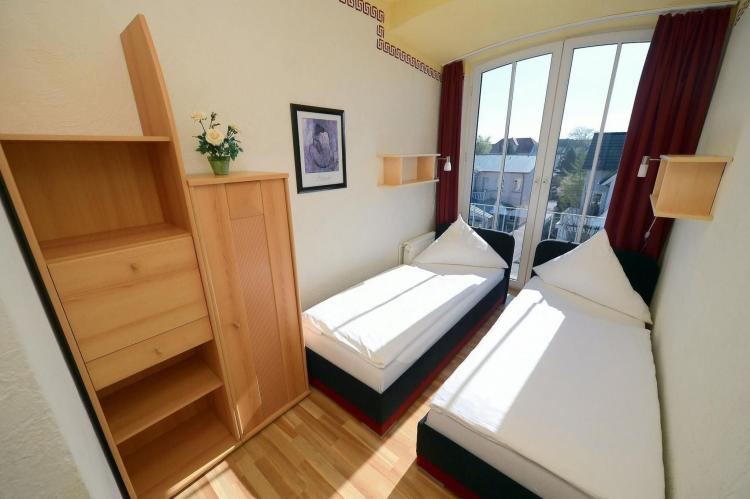 Holiday homeGermany - Mecklenburg-Pomerania: Appartement Strand 03  [6]