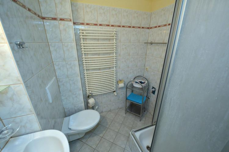 Holiday homeGermany - Mecklenburg-Pomerania: Strandappartement 8  [10]