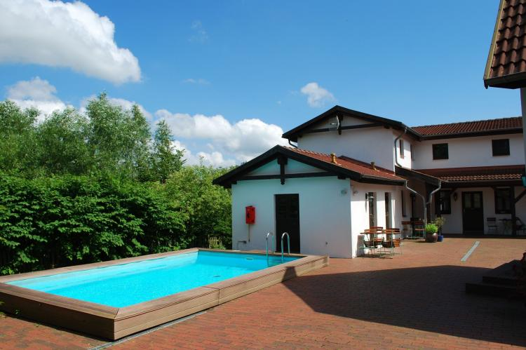 VakantiehuisDuitsland - Mecklenburg-Vorpommern: Wohnung Bornholm im kleinen Ferienpark  [1]