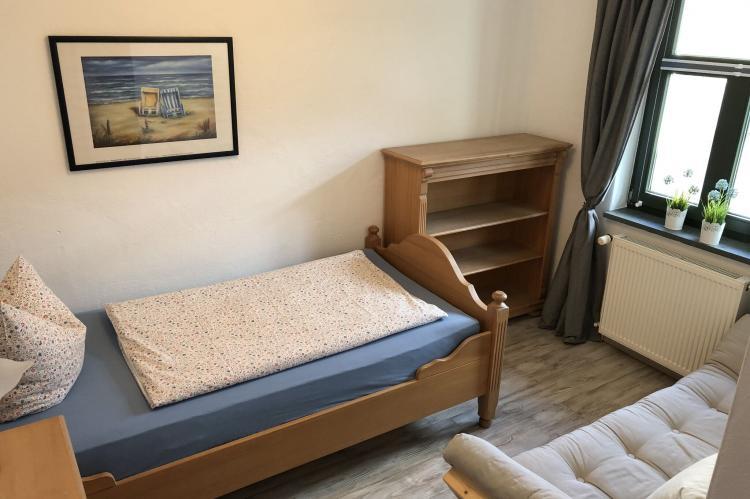 Holiday homeGermany - Mecklenburg-Pomerania: Wohnung Bornholm im kleinen Ferienpark  [8]