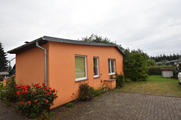 VakantiehuisDuitsland - Mecklenburg-Vorpommern: Gartenteich  [1]