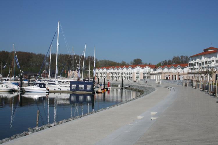 Holiday homeGermany - Mecklenburg-Pomerania: Exclusives Ferienhaus mit Kamin und Pool  [24]