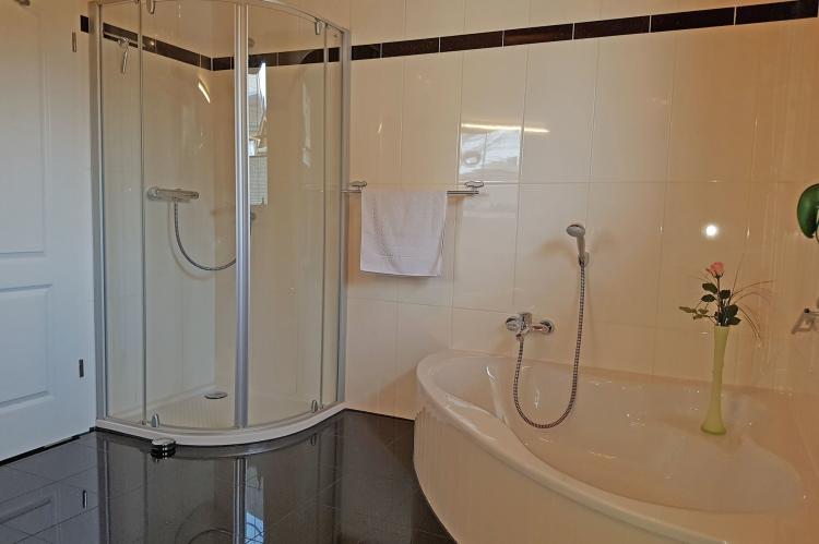 Holiday homeGermany - Mecklenburg-Pomerania: Exclusives Ferienhaus mit Kamin und Pool  [13]