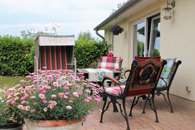 Holiday homeGermany - Mecklenburg-Pomerania: Hohenkirchen mit Garten Terrasse und Strandkorb  [1]