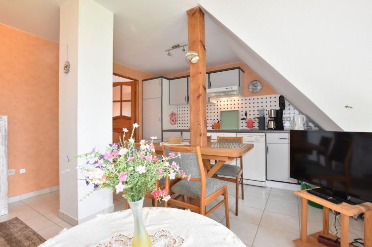 Holiday homeGermany - Mecklenburg-Pomerania: Haus Am Schwan oben links  [11]
