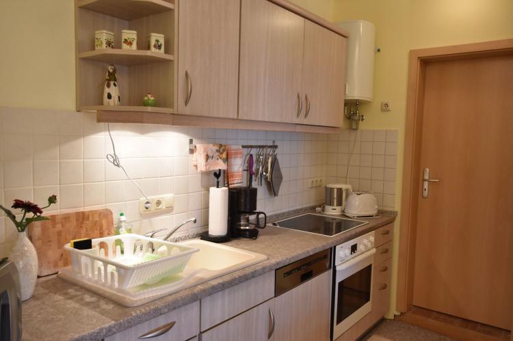 Holiday homeGermany - : Altes Bauernhaus / Hofblick  [9]