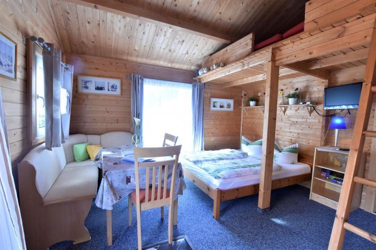 Holiday homeGermany - Mecklenburg-Pomerania: Bungalow Andrea am Salzhaff mit Garten  [3]