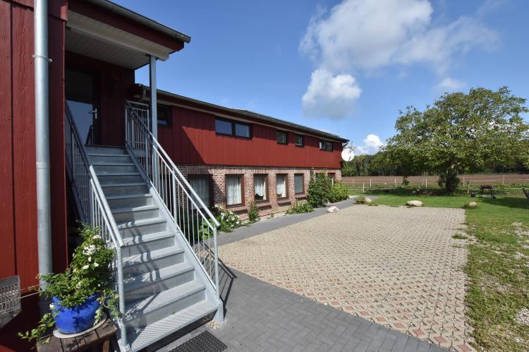 VakantiehuisDuitsland - Sleeswijk-Holstein: Pugholz - Ferienwohnung Littla  [3]