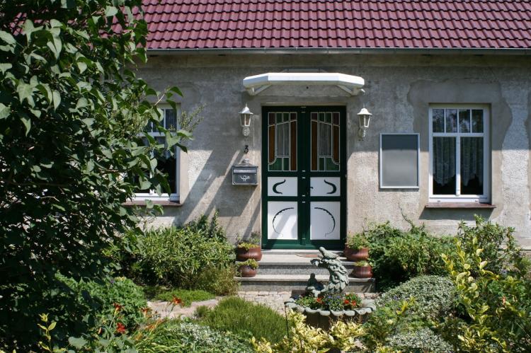 FerienhausDeutschland - Mecklenburg-Vorpommern: Urlaub im Landhaus an der Ostsee mit Garten  [2]