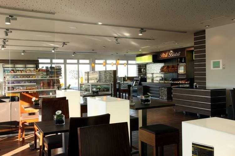 Holiday homeGermany - Eifel: Lindner Ferienpark Nürburgring 2  [16]