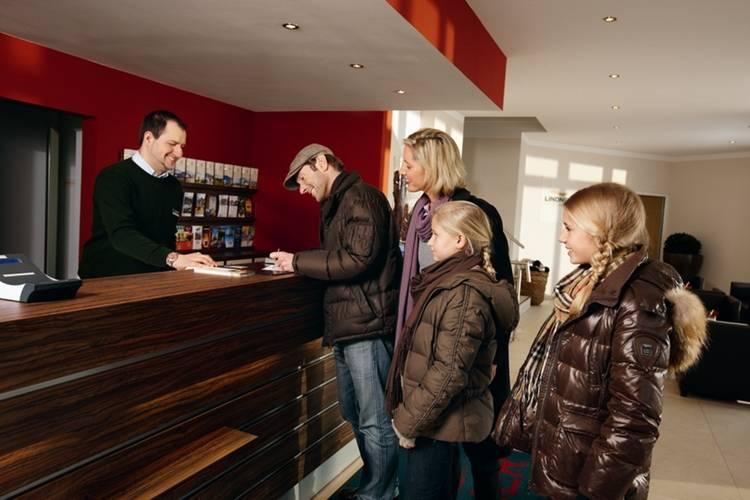 Holiday homeGermany - Eifel: Lindner Ferienpark Nürburgring 2  [5]