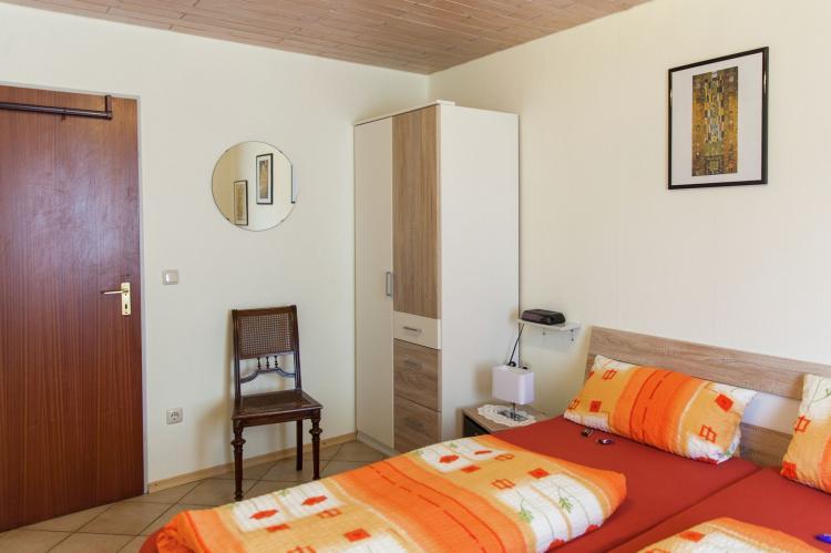 VakantiehuisDuitsland - Eifel: Haus Ludwine  [11]