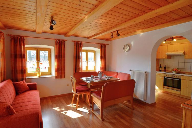 VakantiehuisDuitsland - Beieren: Ferienhaus Wiesing  [7]