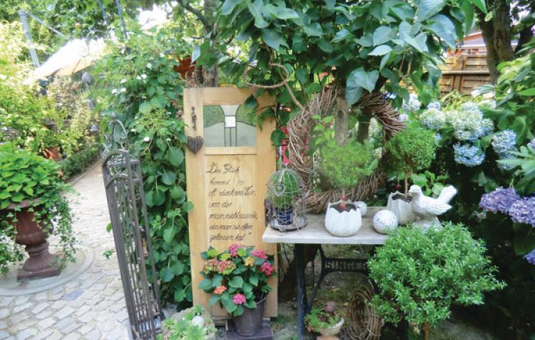 VakantiehuisDuitsland - Saksen: Bad Schlema OT Wildb.  [2]