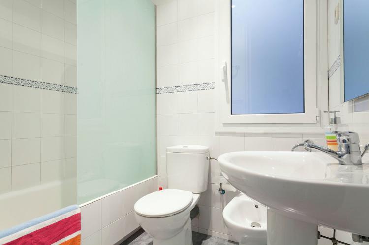 VakantiehuisSpanje - Costa Maresme/ Barcelona: Rambla Paris Apartment  [21]