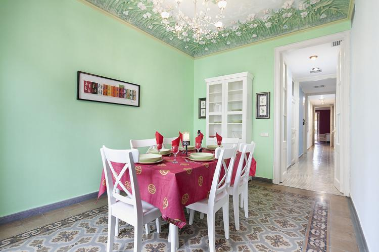 VakantiehuisSpanje - Costa Maresme/ Barcelona: Rambla Paris Apartment  [8]