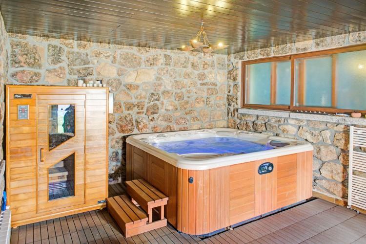 Holiday homeSpain - Madrid: Gran jardín piscina y Spa - Galapagar III  [24]