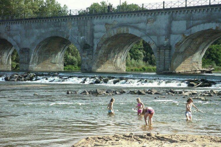 VakantiehuisFrankrijk - Auvergne: Maison de vacances - VIEURE  [26]