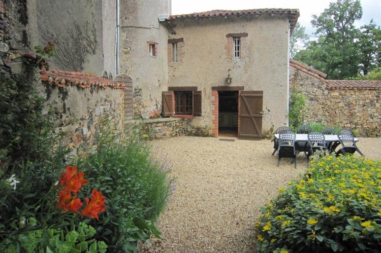 Holiday homeFrance - Loire: Le Château de La Gau  [25]