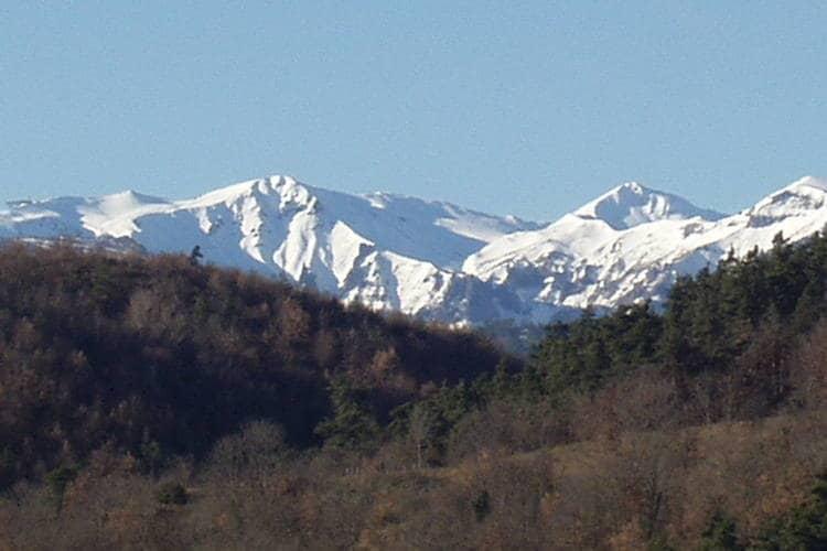 Holiday homeFrance - Auvergne: Gîte romantique  [32]