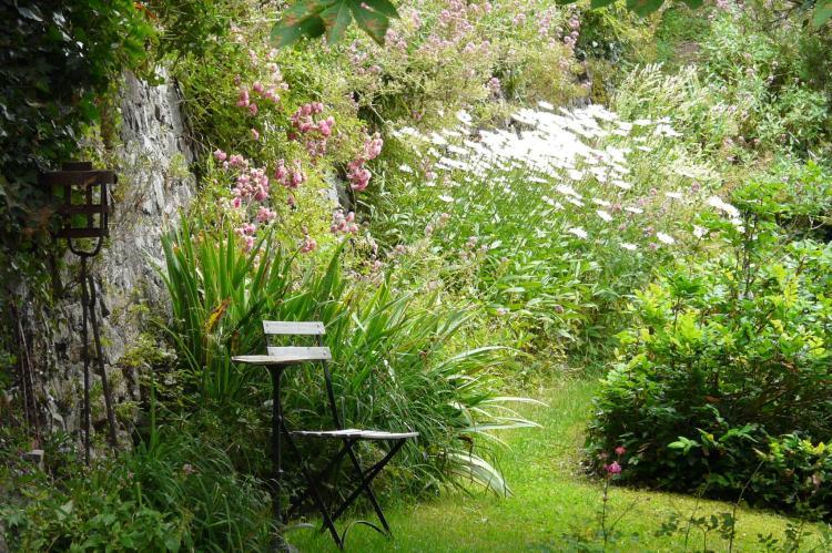 Holiday homeFrance - Auvergne: Gîte romantique  [20]