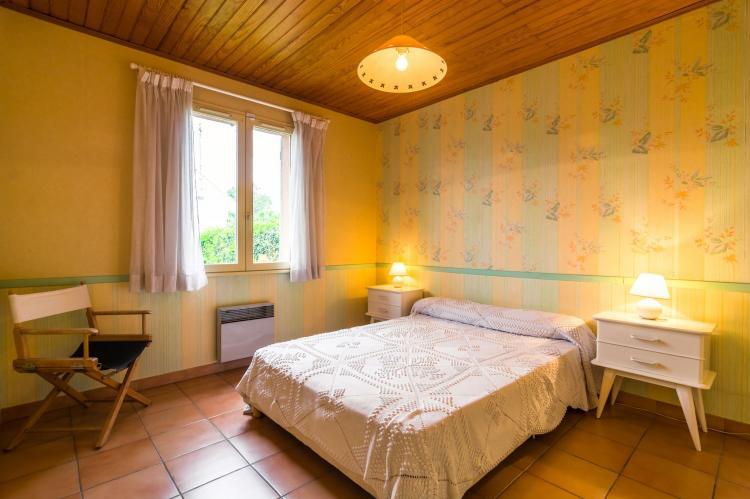 Holiday homeFrance - Provence-Alpes-Côte d'Azur: Noves  [15]
