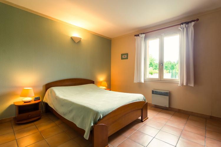 Holiday homeFrance - Provence-Alpes-Côte d'Azur: Noves  [3]