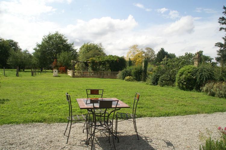 VakantiehuisFrankrijk - Poitou-Charentes: Maison de vacances - PRESSAC  [17]