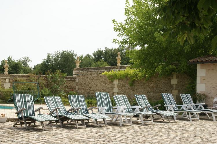 Holiday homeFrance - Poitou-Charentes: Manoir avec piscine privée  [36]