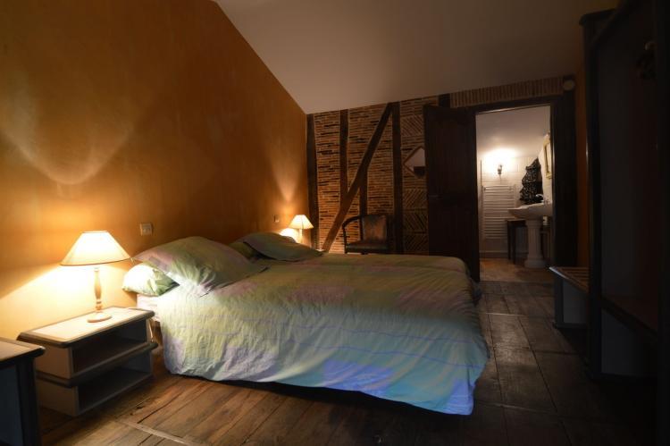 Holiday homeFrance - Poitou-Charentes: Manoir avec piscine privée  [20]