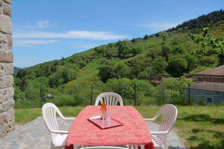 VakantiehuisFrankrijk - Ardèche: Maison de Vacances  - St Julien de Gua  [25]