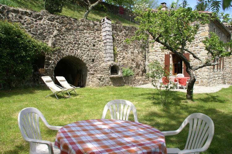 VakantiehuisFrankrijk - Ardèche: Maison de Vacances  - St Julien de Gua  [28]