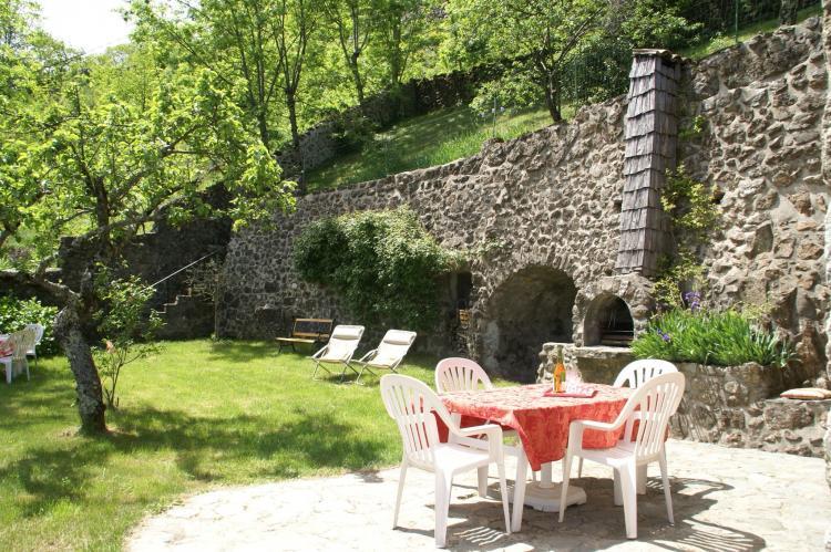 VakantiehuisFrankrijk - Ardèche: Maison de Vacances  - St Julien de Gua  [24]