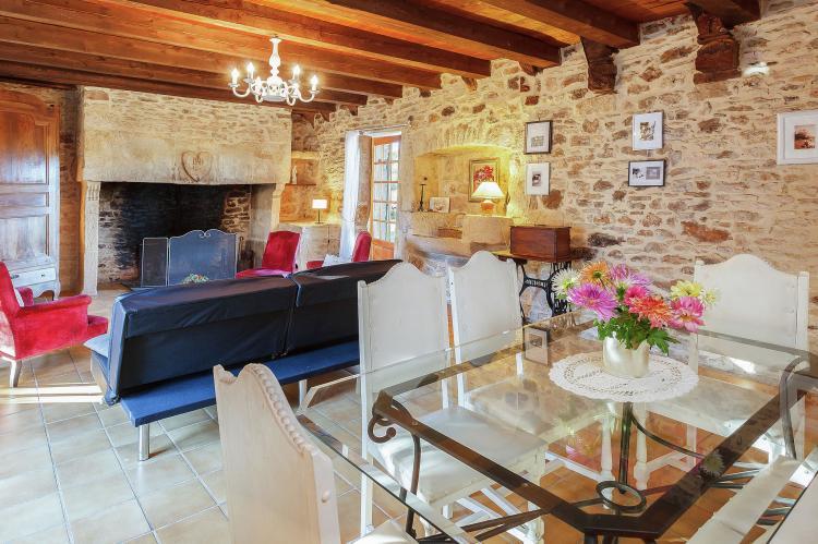 VakantiehuisFrankrijk - Midi-Pyreneeën: Magnifique maison 17ème siècle  [7]