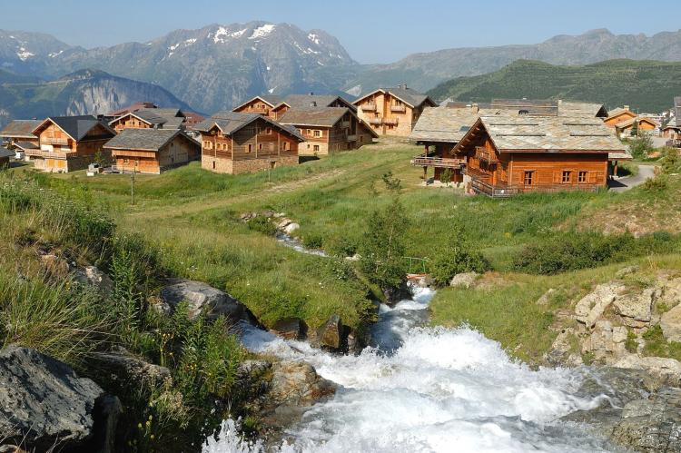 Holiday homeFrance - Northern Alps: Les Chalets de l'Altiport 5  [7]
