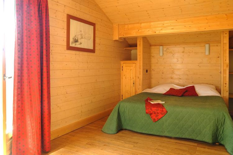 Holiday homeFrance - Northern Alps: Les Chalets de l'Altiport 5  [17]