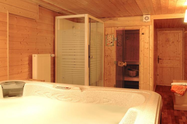 Holiday homeFrance - Northern Alps: Les Chalets de l'Altiport 5  [20]